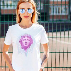Queen T-shirt, Front